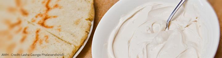 Каимаги приготовленный из молочных продуктов обладает довольно таки насыщенным вкусом