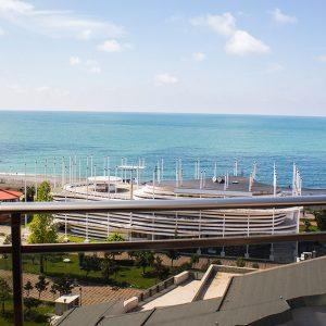 Снять люкс с панорамным видом на море в Батуми