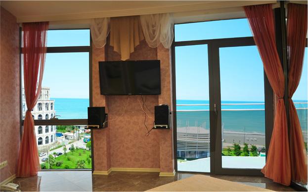 Уютный номер Люкс в стиле Рок, с видом на море в Батуми фото 14 - Rock Hotel