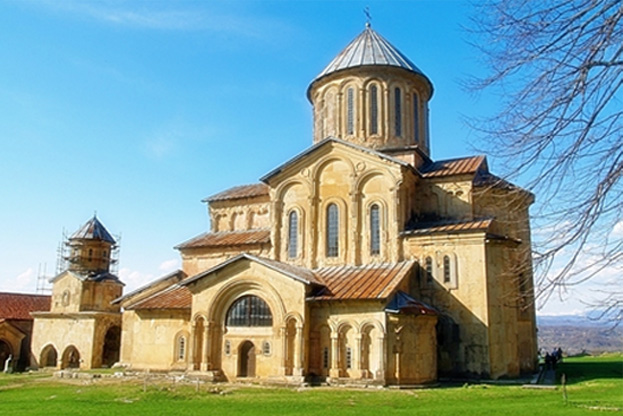 Древний монастырь Гелати в Грузии