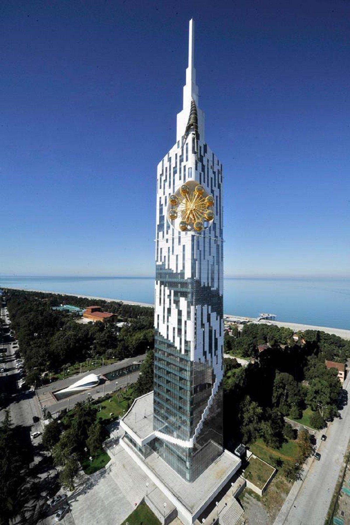 Черноморский технологический университет Batumi Tower