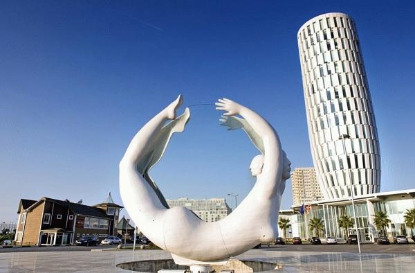 "Sculpture ""Rotation"" in Batumi"