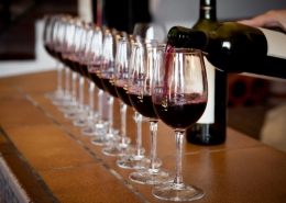 В Батуми есть возможность продегустировать вкусное и качественное вино недалеко от отеля Rock Hotel First Line